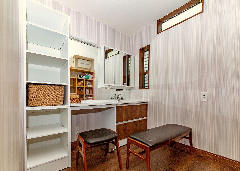 北九州デザイン洗面化粧カウンター新築住宅オーガニックハウス